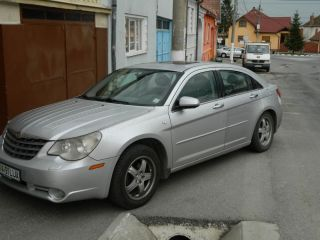 Chrysler Sebring berlina